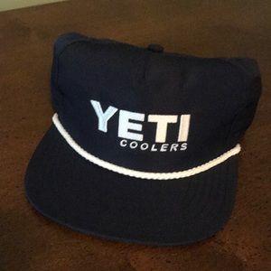 Yeti Fishing Hat